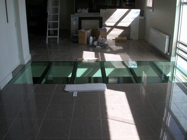 floor glass by Alligator Glass